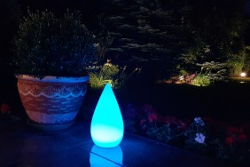 Lampa ogrodowa LED w kształcie małej kropli. Dekoracyjna lampa LED BelGiardino