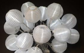 Lampki ogrodowe LED - abażurki kolor zimny biały