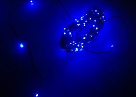 Diody mini LED na zielonym, giętkim drucie, kolor niebieski