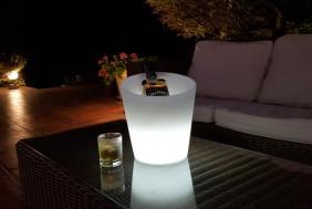 Indukcyjna lampa dekoracyjna w kształcie pojemnika na lód
