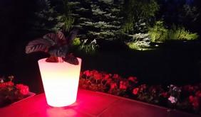 Donica LED - podświetlana donica - lampy ogrodowe LED RGB