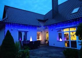 Zewnętrzne sople choinkowe LED z wyłącznikiem czasowym - kolor niebieski